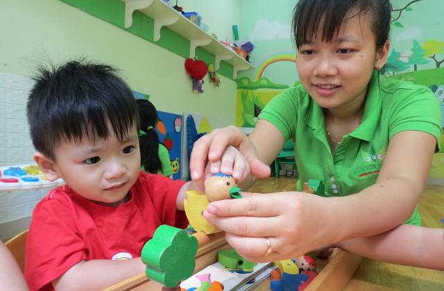 Cô Trịnh Thị Hợp